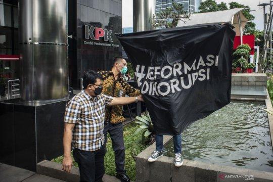 Koalisi Masyarakat Sipil minta Firli diuji wawasan antikorupsinya