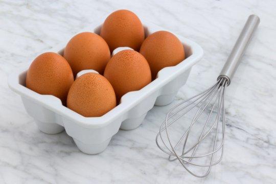"""Manfaat telur """"cage free"""" hingga menu Ramadhan ala chef Arnold"""