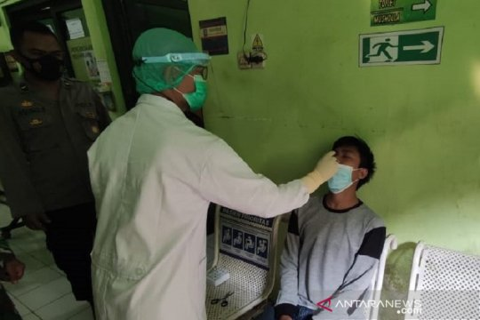 Pemudik di Kabupaten Kudus yang baru datang wajib jalani rapid antigen