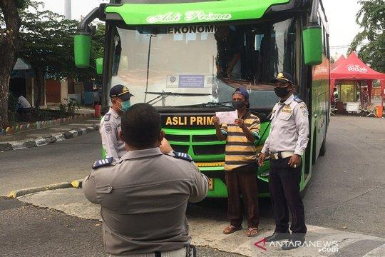 Empat penumpang gagal berangkat dari Terminal Kalideres