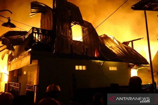 Kebakaran hanguskan 28 rumah di Makassar