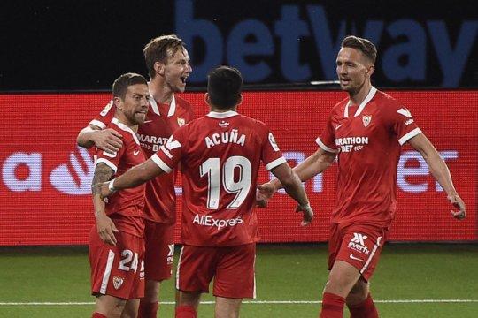 Valencia aman di La Liga, Eibar menang tapi tetap juru kunci