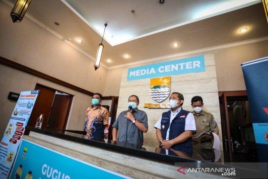 Wali kota Bandung minta warga gelar Shalat Id di setiap RT