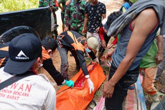 Delapan penambang ilegal tewas tertimbun longsor di Solok Selatan