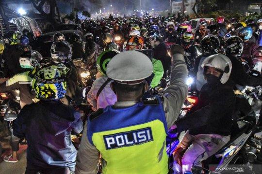 Senin, kasus positif COVID-19 Indonesia capai 1.718.575