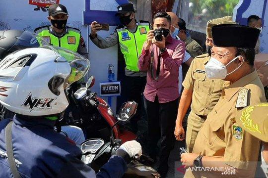 Puluhan pemudik bersepeda motor terjaring pos penyekatan Ajibarang