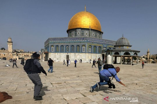 Kemarin, Ustadz Tengku Zulkarnain wafat hingga konflik Palestina