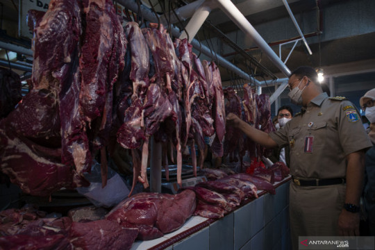 Harga daging sapi turun Rp4.000 per kg jelang Idul Adha