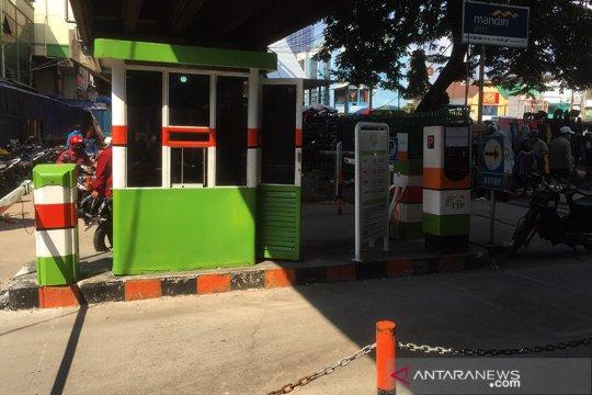 Parkiran Pasar Tanah Abang tutup mulai pukul 12.00 WIB