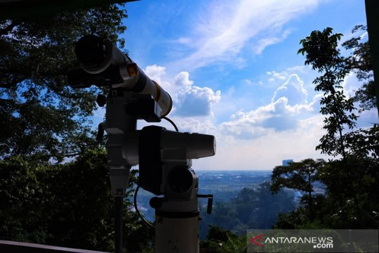 LF PCNU Gresik pantau hilal penentu 1 Syawal di Bukit Condrodipo