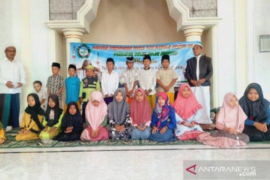 Ormas Indonesia di Malaysia santuni panti asuhan di Madura