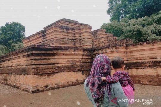 Kawasan wisata Percandian Muara Jambi ditutup sementara