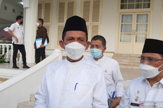 Gubernur Kepri shalat Idul Fitri di pulau terluar Natuna