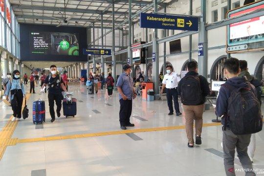 72 calon penumpang batal berangkat dari Stasiun Pasar Senen