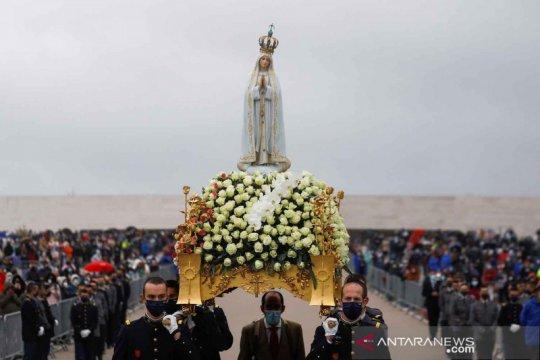 Peringatan 104 tahun kemunculan Bunda Maria kepada tiga anak gembala