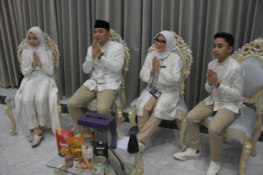 Wali Kota Surabaya gelar griya virtual dengan cara unik