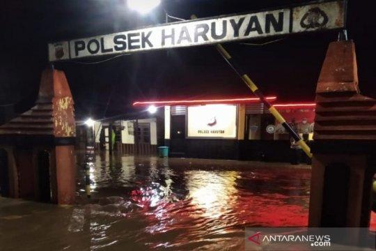 Banjir di Haruyan HST sudah surut, ruas jalan bisa dilalui