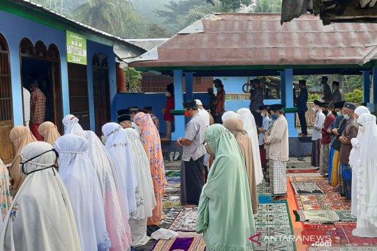 Penganut Islam Aboge di Banyumas laksanakan Shalat Id pada Jumat ini