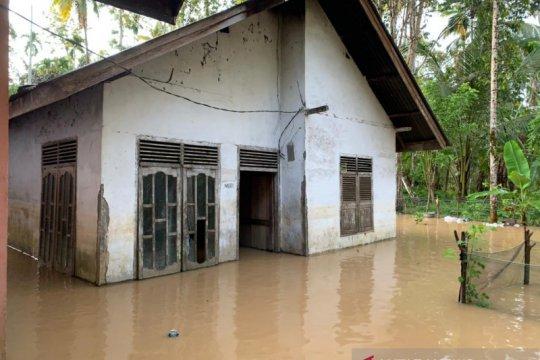 Banjir melanda 14 desa di Aceh Barat