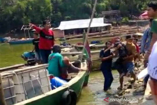 SAR gabungan cari 9 korban perahu tenggelam