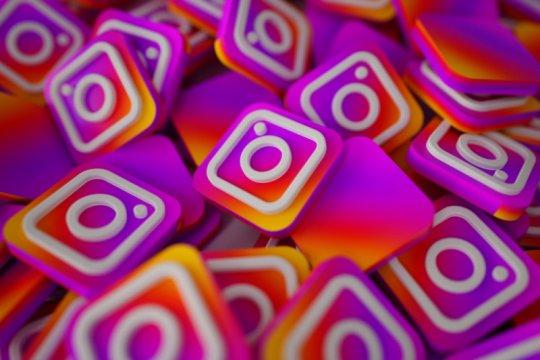 Instagram uji coba fitur unggah foto via desktop