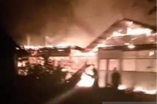 30 unit kios pasar hangus terbakar di Aceh Tamiang