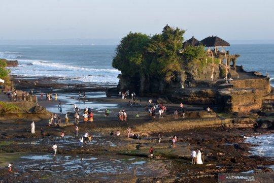 Hari terakhir liburan Idul Fitri 1442 H di Bali