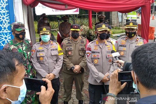 Wakapolda Metro pantau tes antigen di pos penyekatan Tangerang