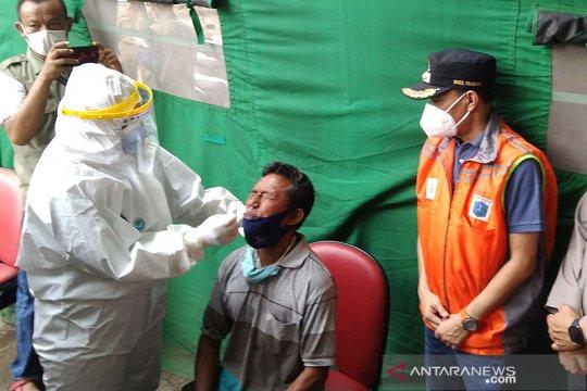 """Jaksel """"incar"""" pemudik balik Jakarta untuk tes usap antigen"""