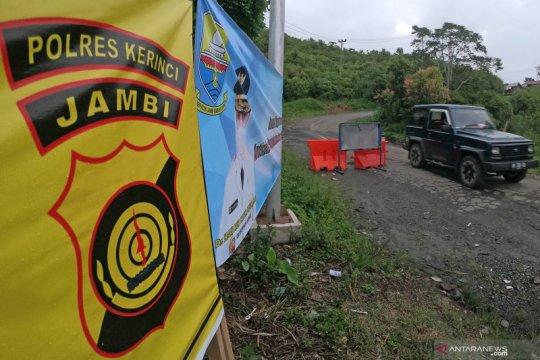 Penyekatan di wilayah perbatasan Sumbar diperpanjang hingga 24 Mei