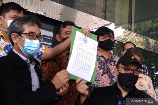 Pegawai KPK dibebastugaskan laporkan Indriyanto Seno Adji ke Dewas