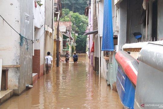 Banjir rendam enam RT di Kampung Baru, Jakarta Selatan