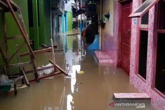 Permukiman warga di Kebon Pala terendam banjir hingga dua meter