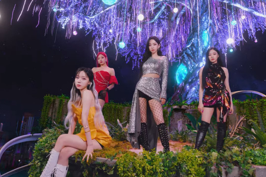 """aespa tampil futuristik lewat lagu dan video musik """"Next Level"""""""
