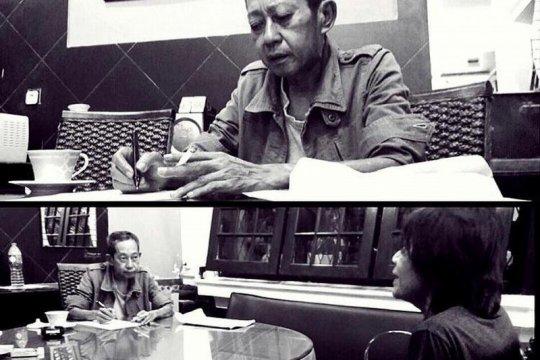 """Penulis """"Ali Topan Anak Jalanan"""" Teguh Esha meninggal dunia"""
