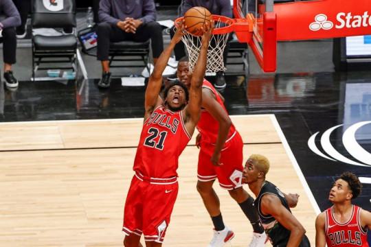 Bulls akhiri musim dengan kemenangan 118-112 atas Bucks