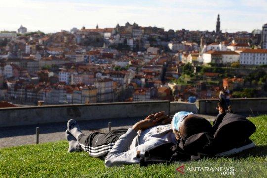 Portugal wajibkan karantina 14 hari turis Inggris yang tidak divaksin