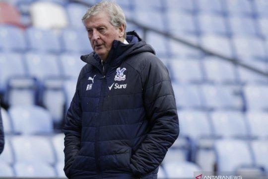 Roy Hodgson tinggalkan Crystal Palace di akhir musim