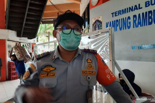 Satu pemudik di Terminal Kampung Rambutan positif COVID-19