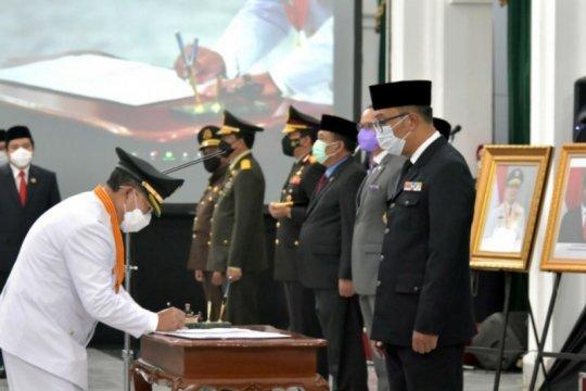 Ridwan Kamil lantik Bupati-Wakil Bupati Cianjur