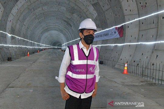 Presiden tinjau pengerjaan konstruksi kereta cepat Jakarta-Bandung