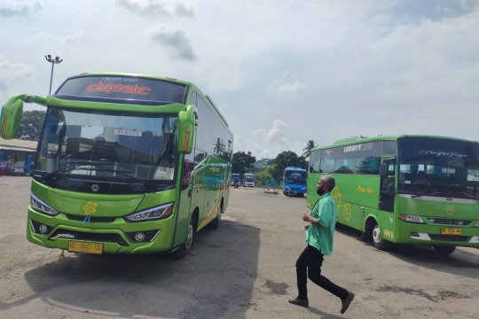 Penumpang di Lampung diwajibkan bus AKAP miliki surat bebas COVID-19