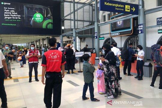 KAI catat hampir 6.000 penumpang tiba di Jakarta usai larangan mudik