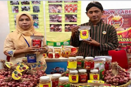 "KWT Putri Manunggal Kulon Progo produksi ""Superbram"""