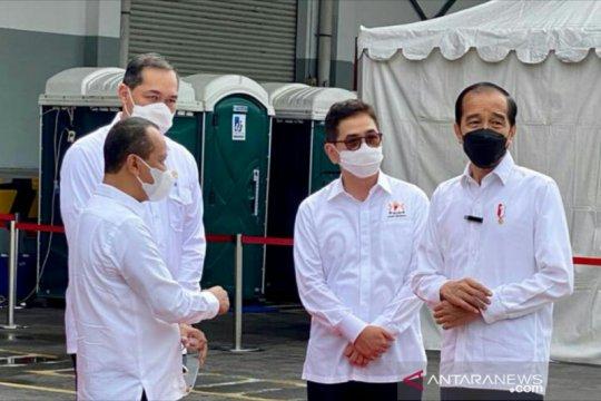 Jokowi tinjau vaksinasi COVID-19 di Bintan Inti Industrial Estate