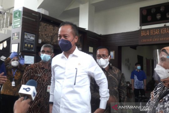 Menperin nilai batik Indonesia kekayaan luar biasa