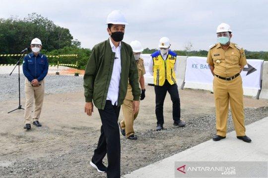 Presiden Jokowi tinjau pembangunan tol Pekanbaru-Bangkinang
