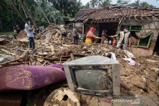 Banjir bandang terjang Cigudeg, Bogor