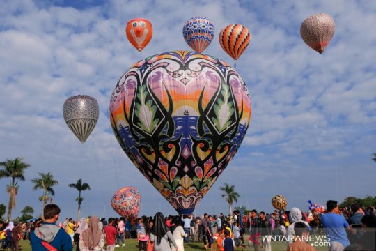 Tradisi balon udara di Wonosobo