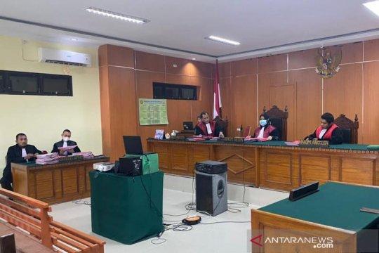 Lima terdakwa penyelundupan 81 kilogram sabu dituntut mati